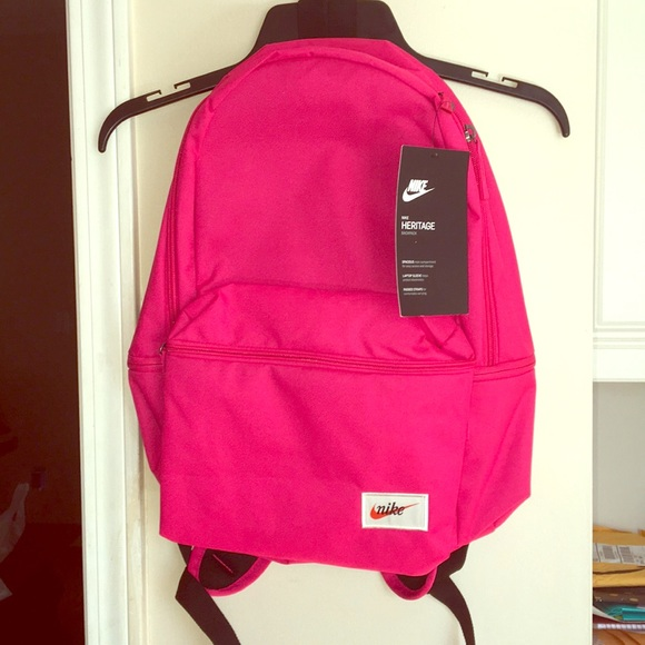 Hot pink Nike backpack. BRAND NEW✓️ 3354618d41343